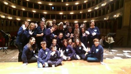 Mani bianche Teatro Argentina